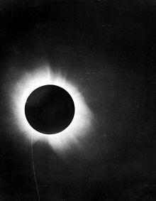 220px-1919_eclipse_positive.jpg