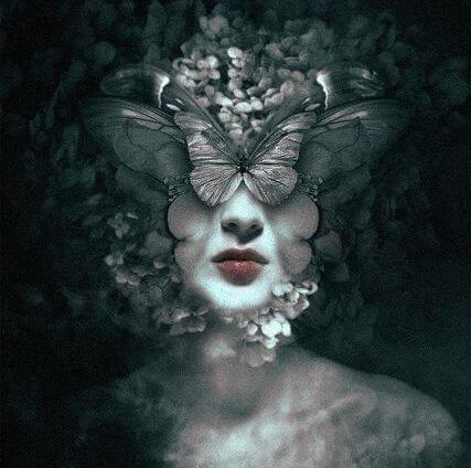 mujer-rostro-mariposas.jpg
