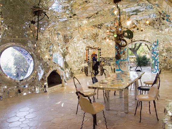 pequeno_salon_dentro_del_jardin_9447_570x.jpg
