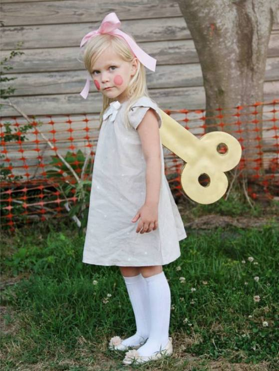 Non-scary-kids-Halloween-costumes-to-DIY-The-wind-up-doll-costume.jpg